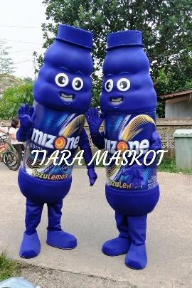 foto Kostum maskot mizone berdua