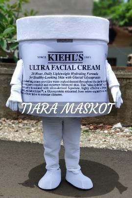 Maskot kemasan produk cream farmasi
